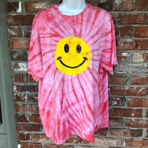 Sweet Clair tie-dye w smiley face shirt sz  L